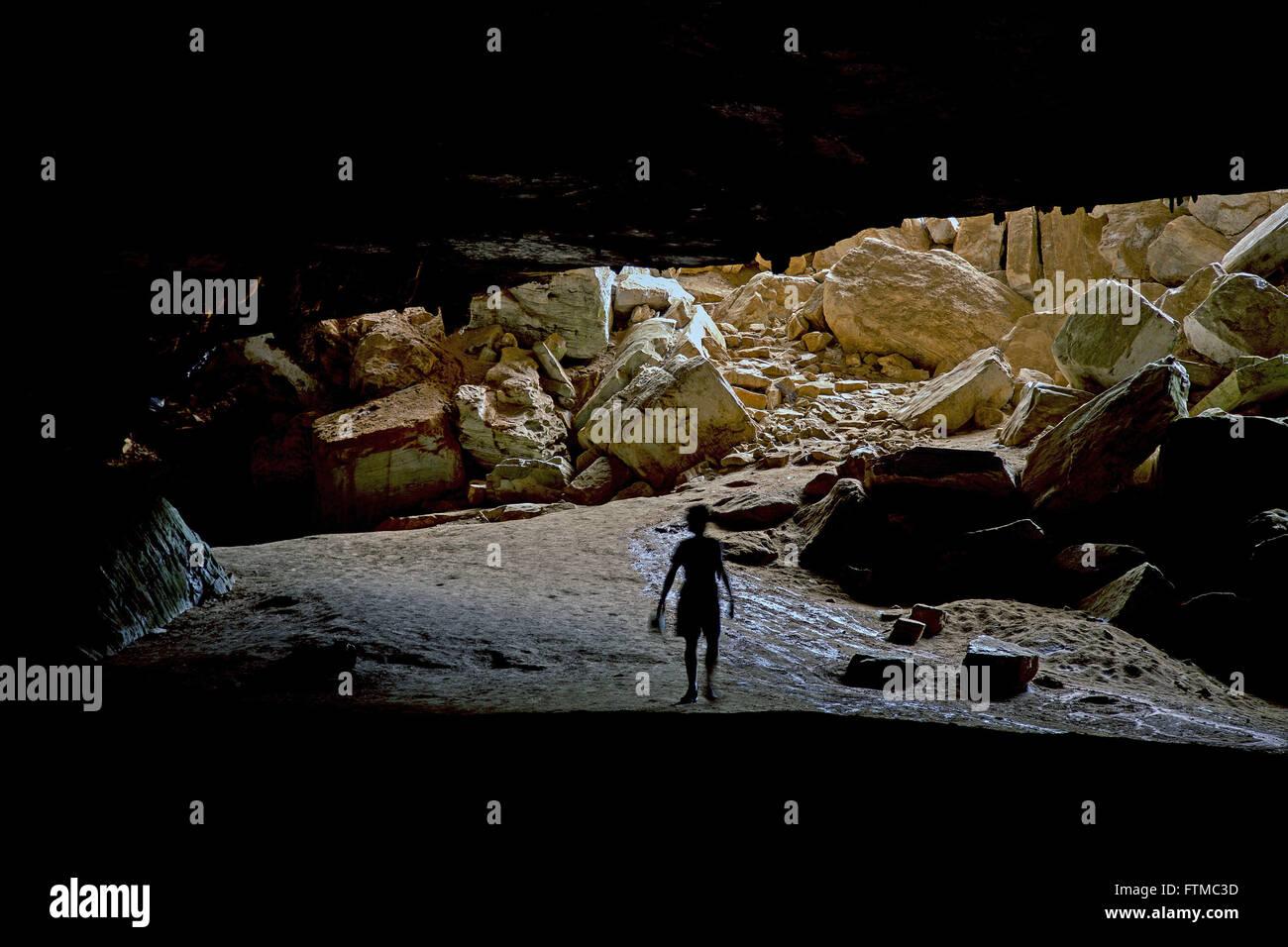Ecotourist in Torrinha Cave of Chapada Diamantina - Stock Image