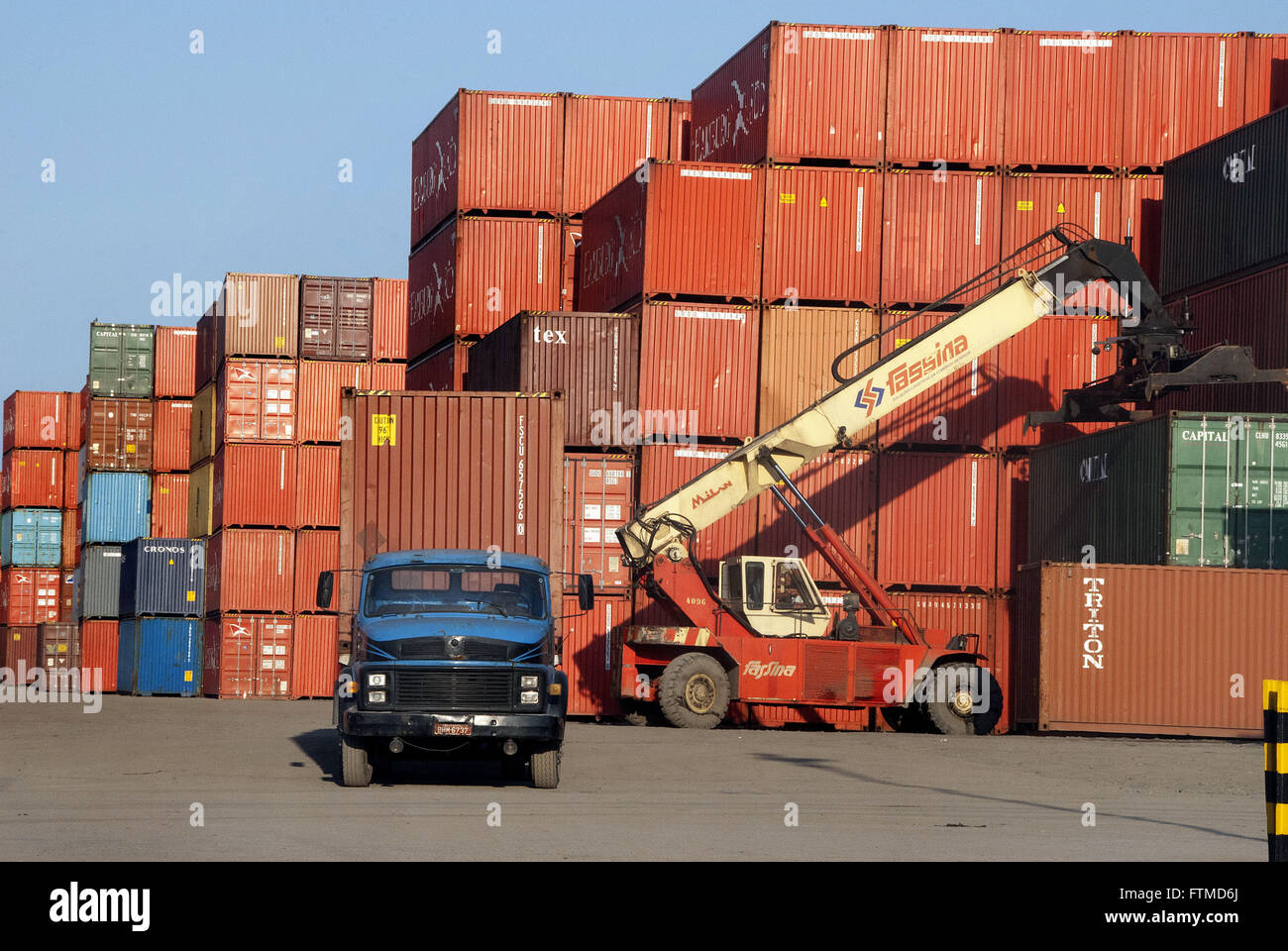 Container terminal at the edge of the highway Canon Domenico Rangoni - Stock Image
