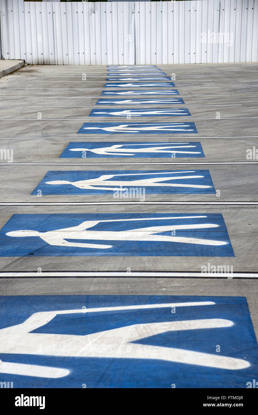 Jobs for seniors in the parking lot of the Eduardo Gomes International Airport - Stock Image