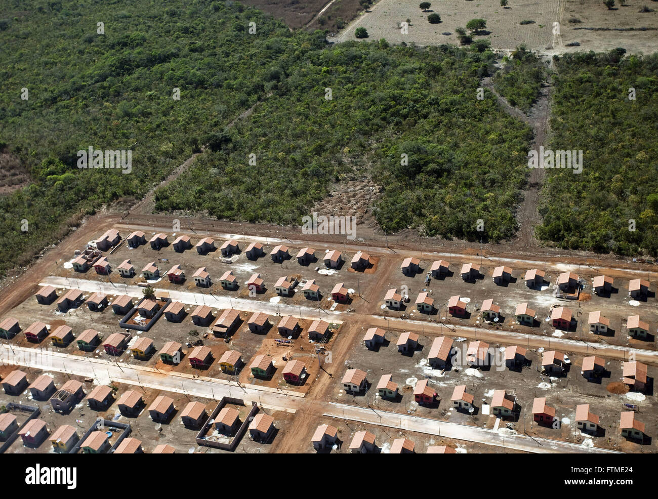 Aerial view of public housing on the outskirts of Canarana - Stock Image