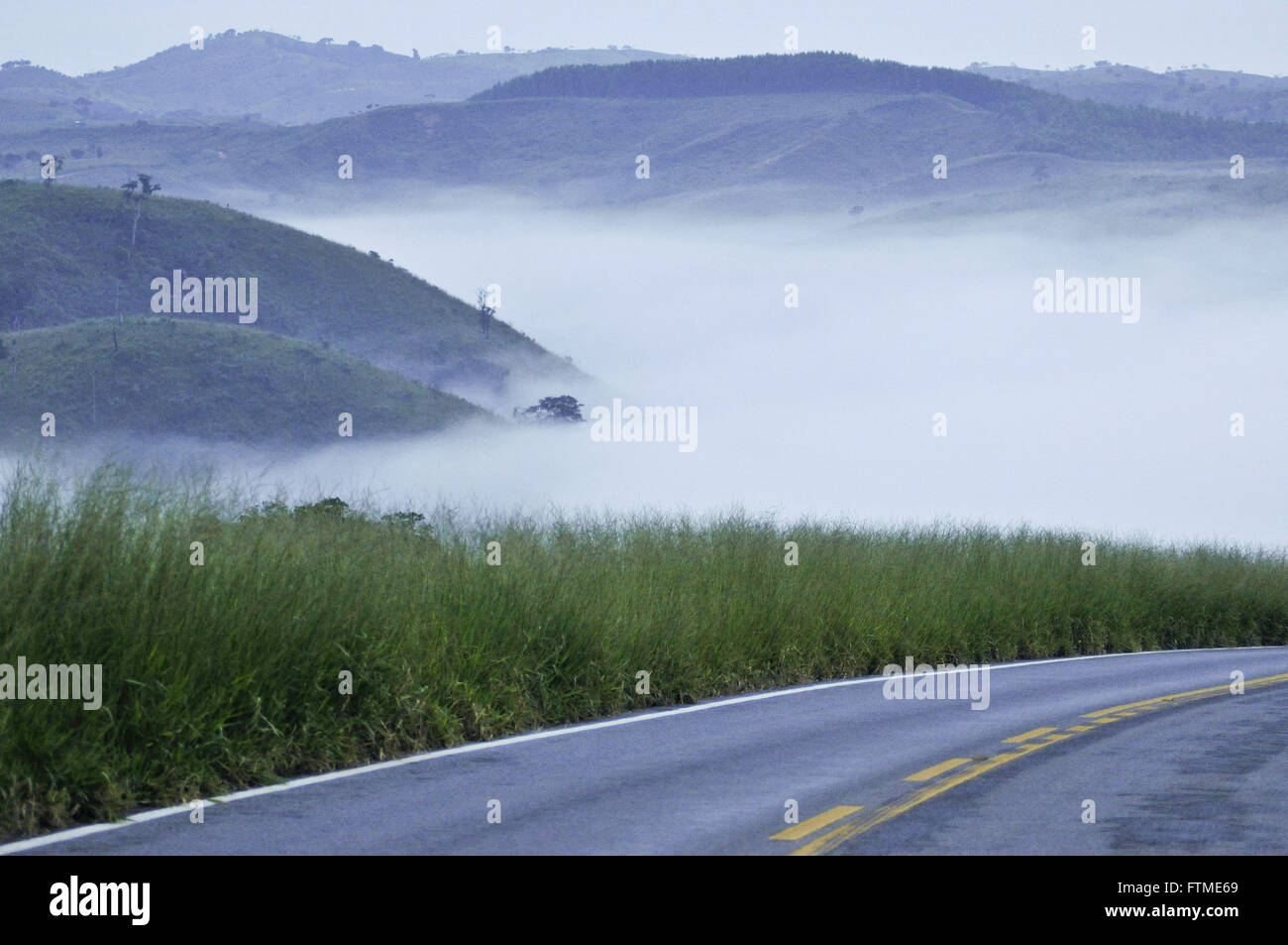 Early morning with fog on the highway MG-341 - Stock Image