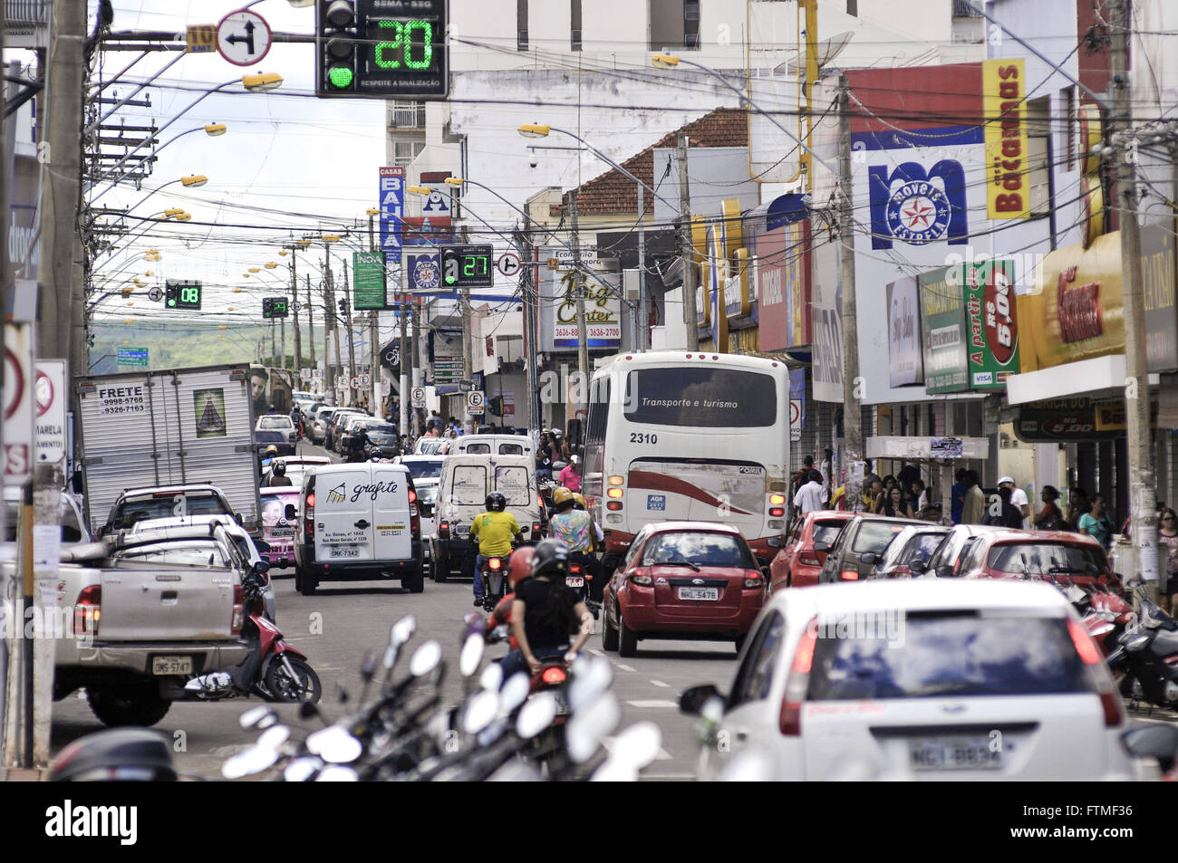 Traffic of vehicles in Goias Avenue - the main avenue of the city of commerce - Stock Image