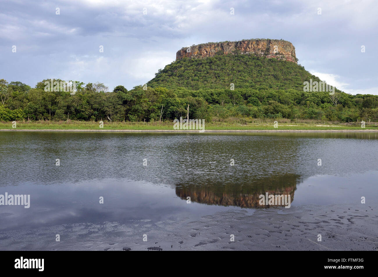 Bureau hill located in the Serra Azul - Stock Image