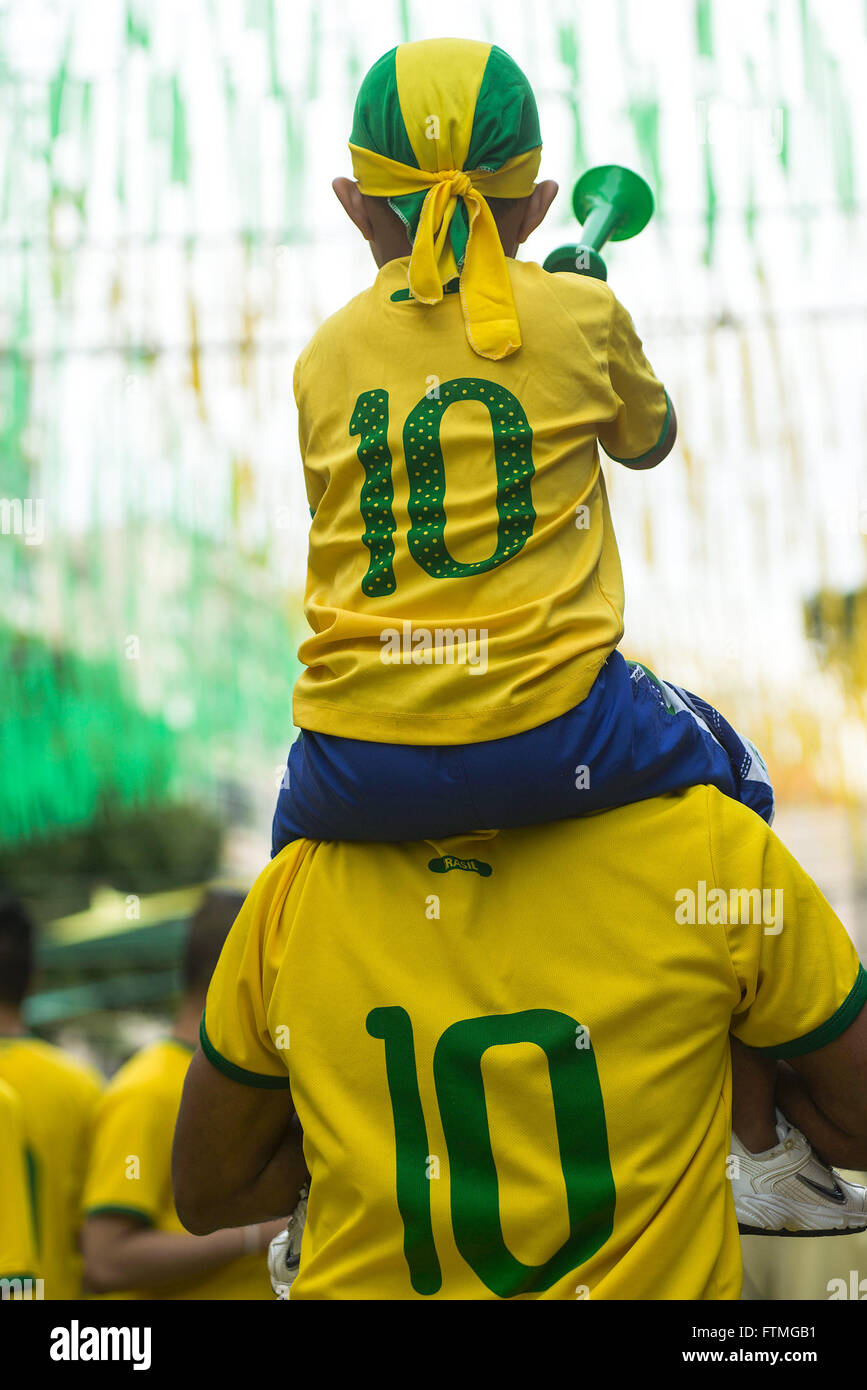 Fans on game day Cameroon and Brazil World Cup 2014 - Stock Image