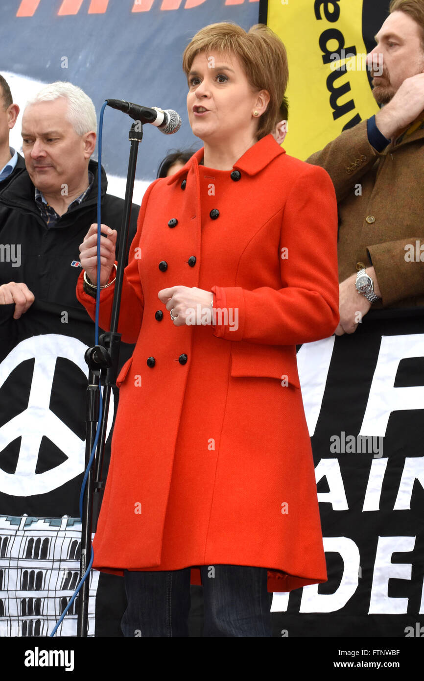 Political leaders and activists at the Stop Trident Protest in Trafalgar Square, London  Featuring: Nicola Sturgeon - Stock Image