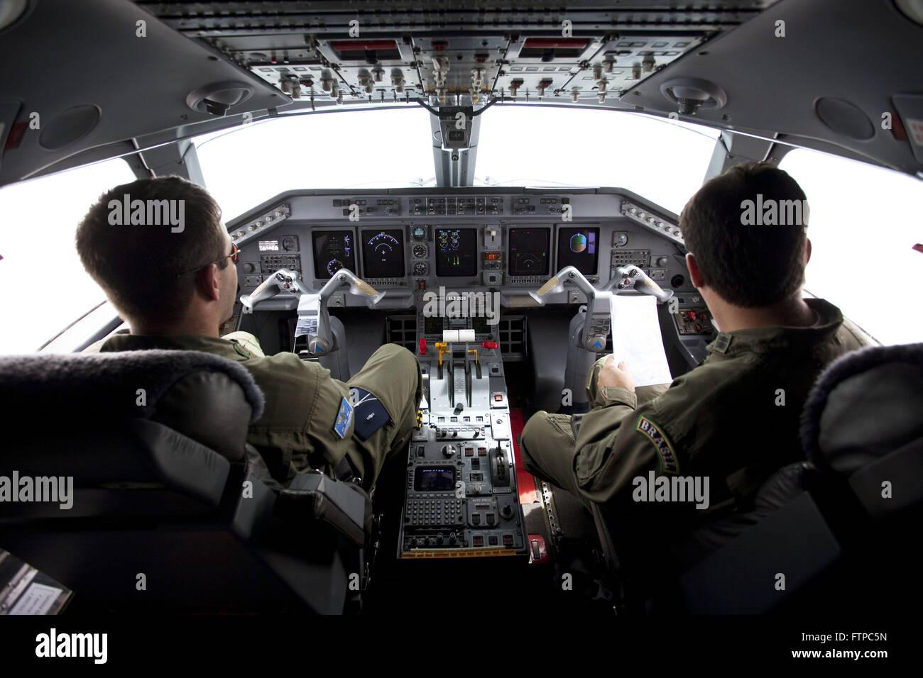 Cockpit Aircraft Embraer ERJ 145 C-99 FAB Forca Aerea Brasileira - Stock Image