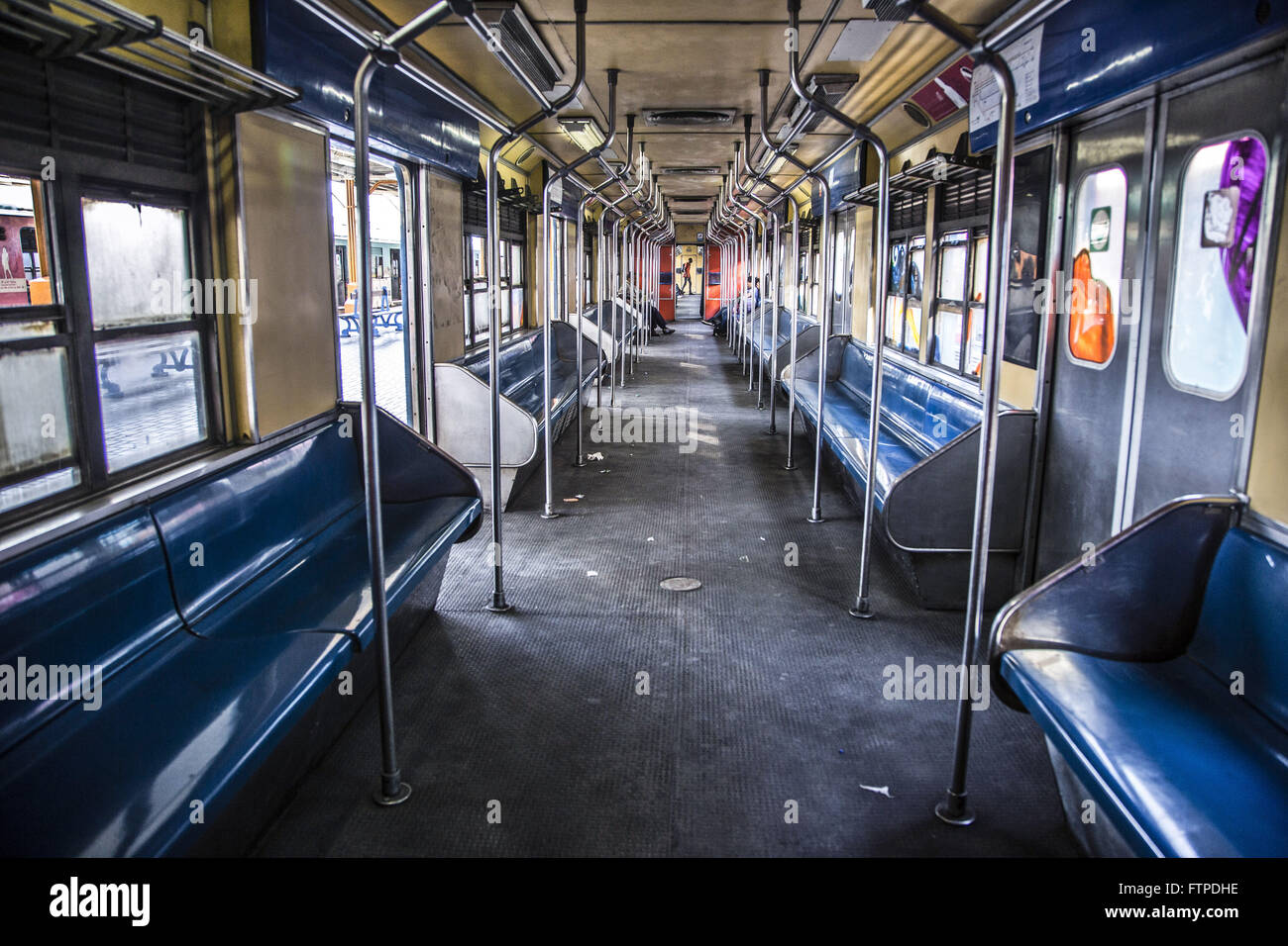 Inside view of the wagon train at Central Station platform of Brazil - Downtown - Stock Image
