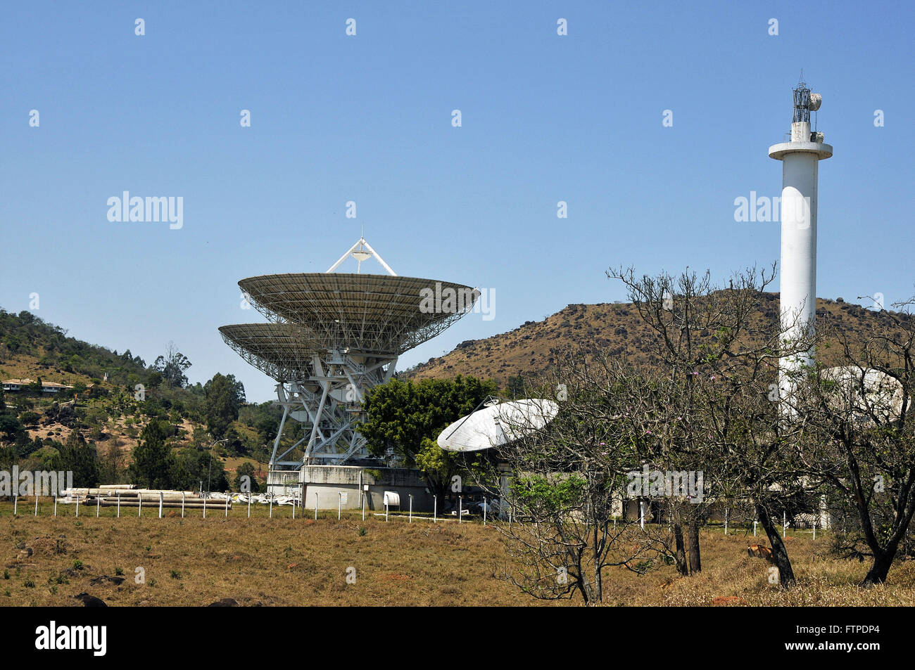 Parabolic off the complex of Embratel in climatic stay Morungaba - Stock Image