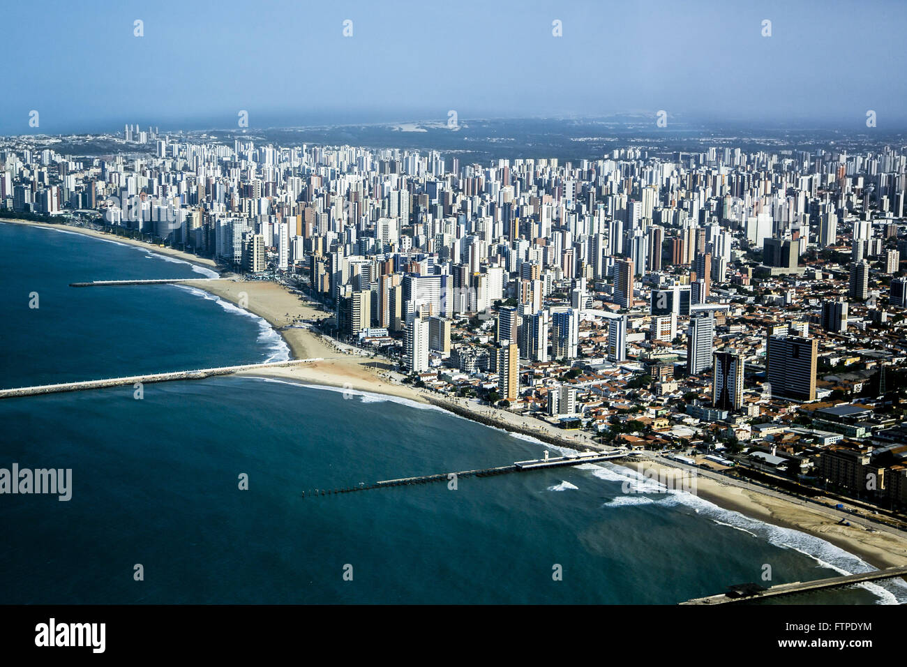 Aerial view of artificial fill and seat of Iracema Beach - Stock Image