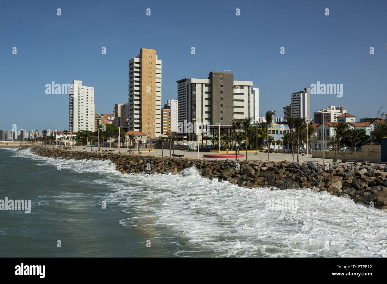 Breakwater at the landfill from Iracema Beach - Stock Image