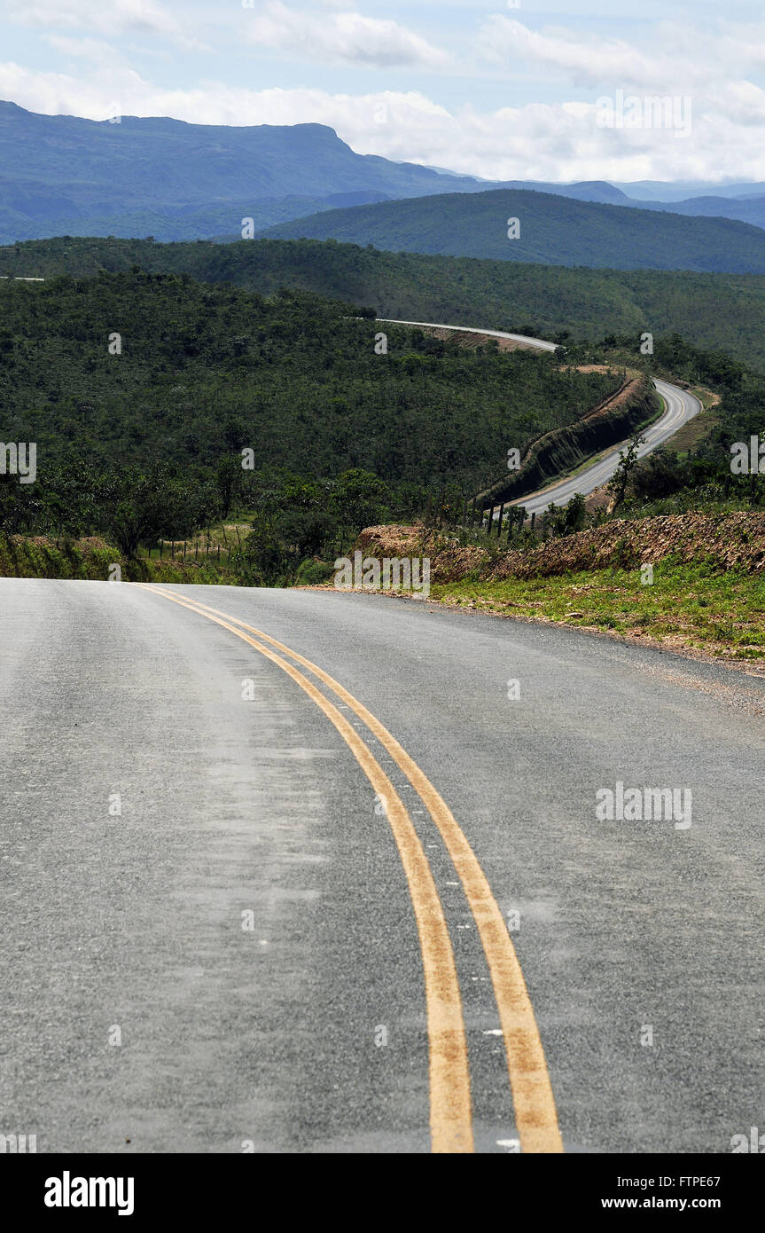 MG-323 highway in the newly opened stretch of asphalt - connects the Serra do Cipo Santana`s Creek - Stock Image
