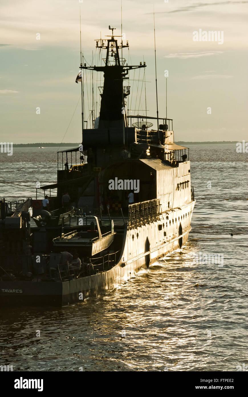 Navy ship NPF Raposo Tavares in the Port city of Parintins - Stock Image