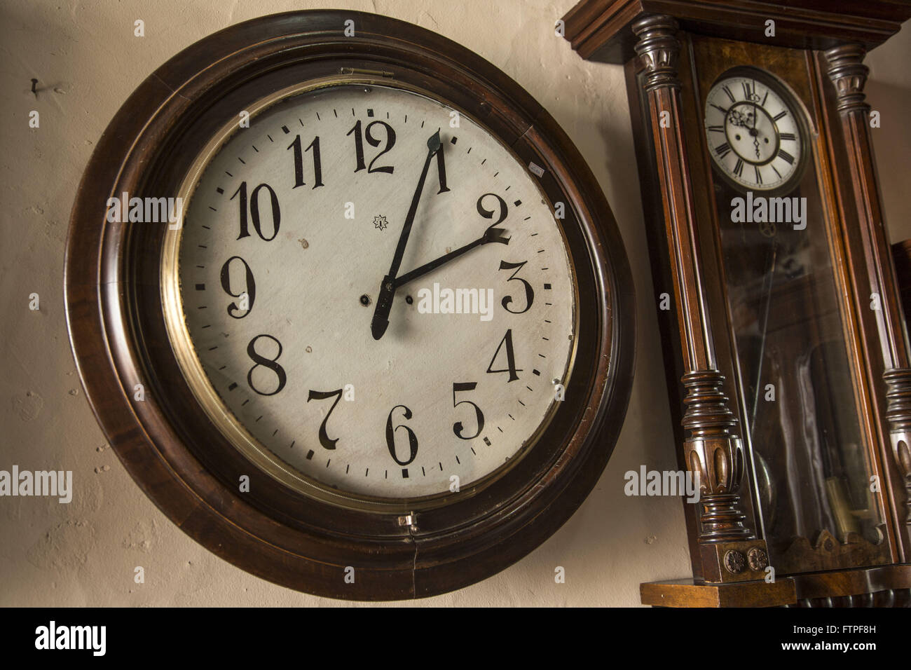 Antique Clock Stock Photos Antique Clock Stock Images Alamy