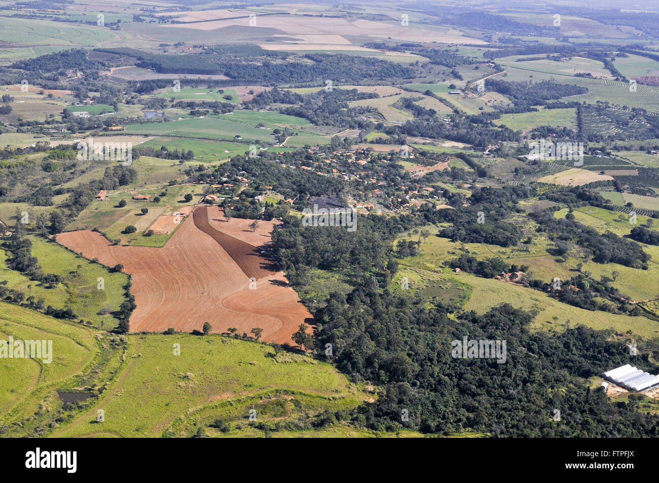 Aerial view of the countryside nearby municipality of Jaguariuna - Stock Image