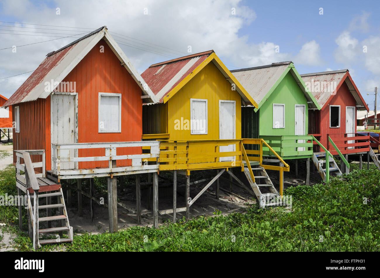 Wooden houses in Ponta da Barca - village of Ajuruteua - Stock Image