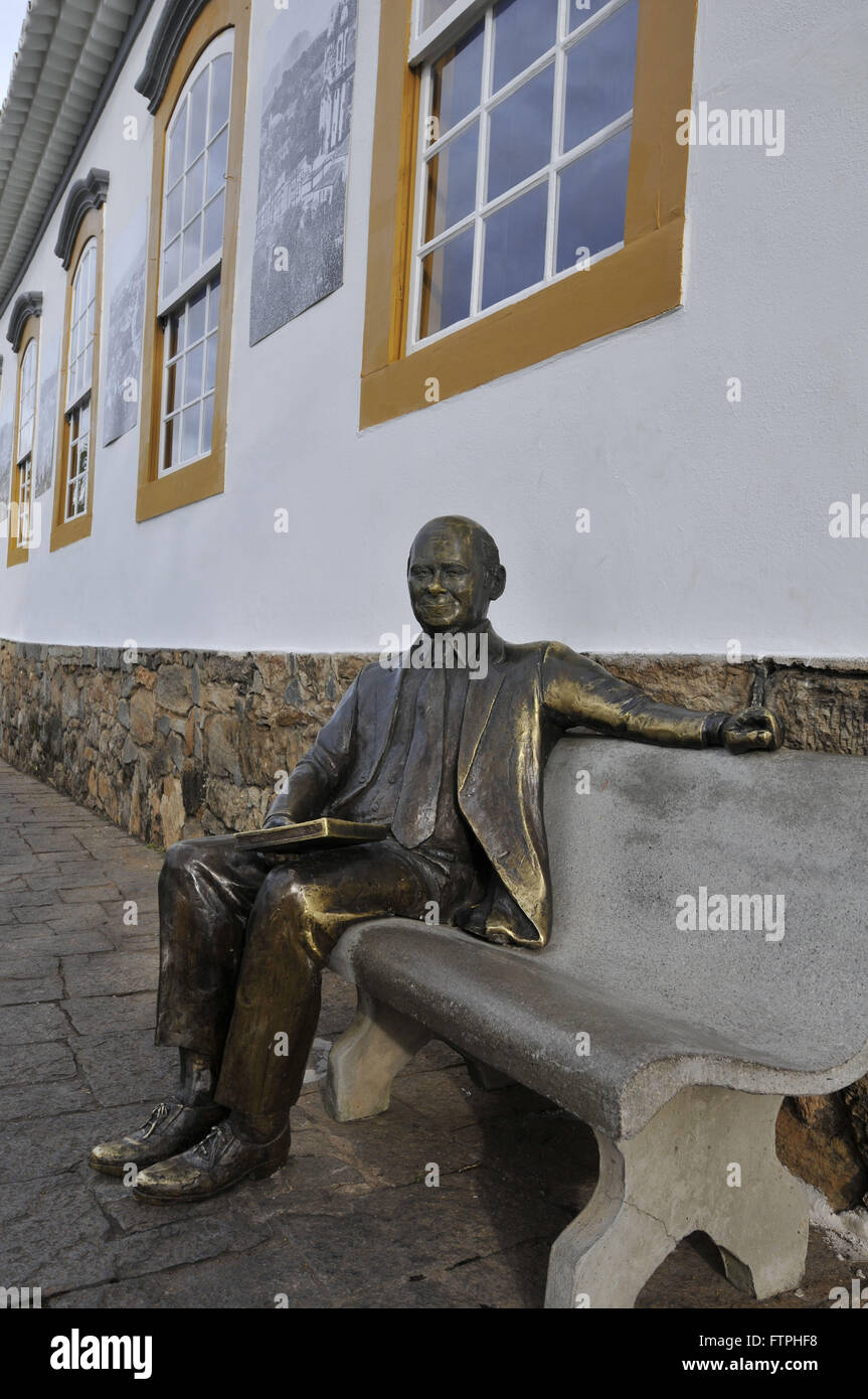 Sculpture of the former President of the Republic on the side of Tancredo Neves Memorial that bears his name Stock Photo