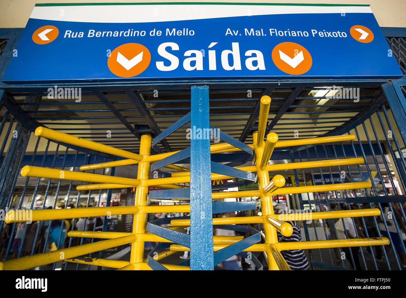 Station platform of the subway exit Nova Iguacu - Stock Image