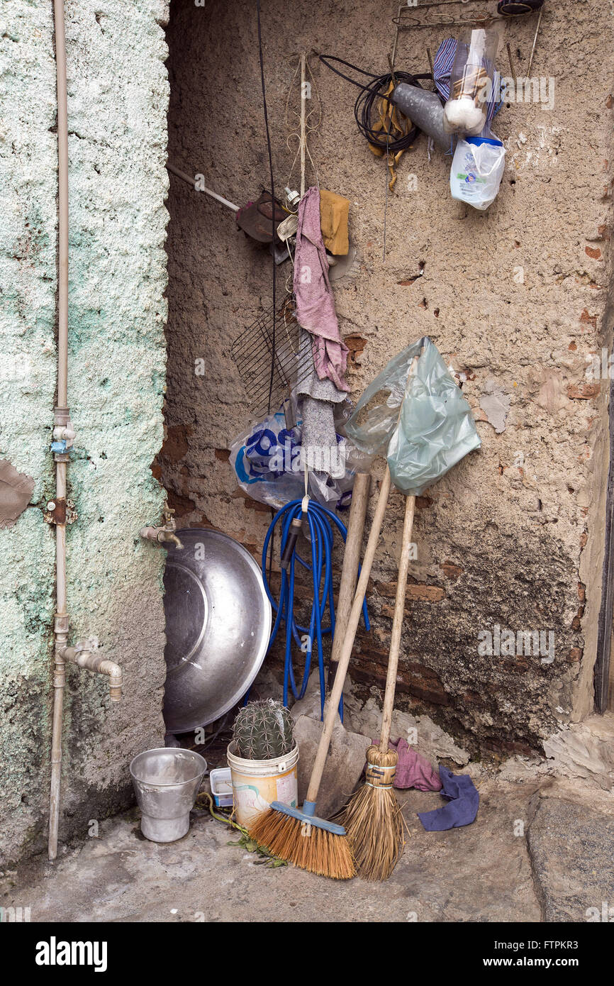 Cleaning utensils at home in Colina do Horto - Stock Image
