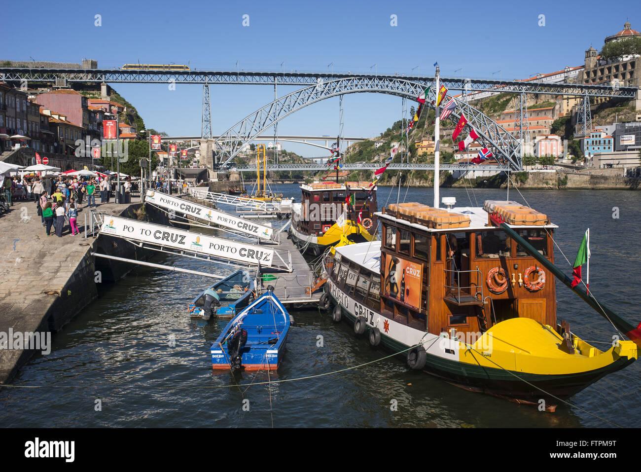 Boat ride on the Douro River - historic city center - Stock Image