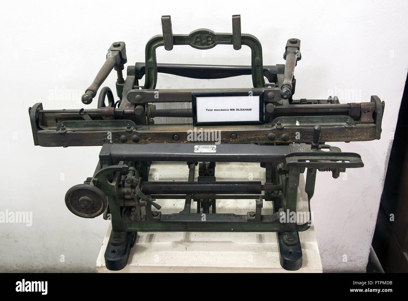 Tear mecanico no Museu do Algodao - Stock Image