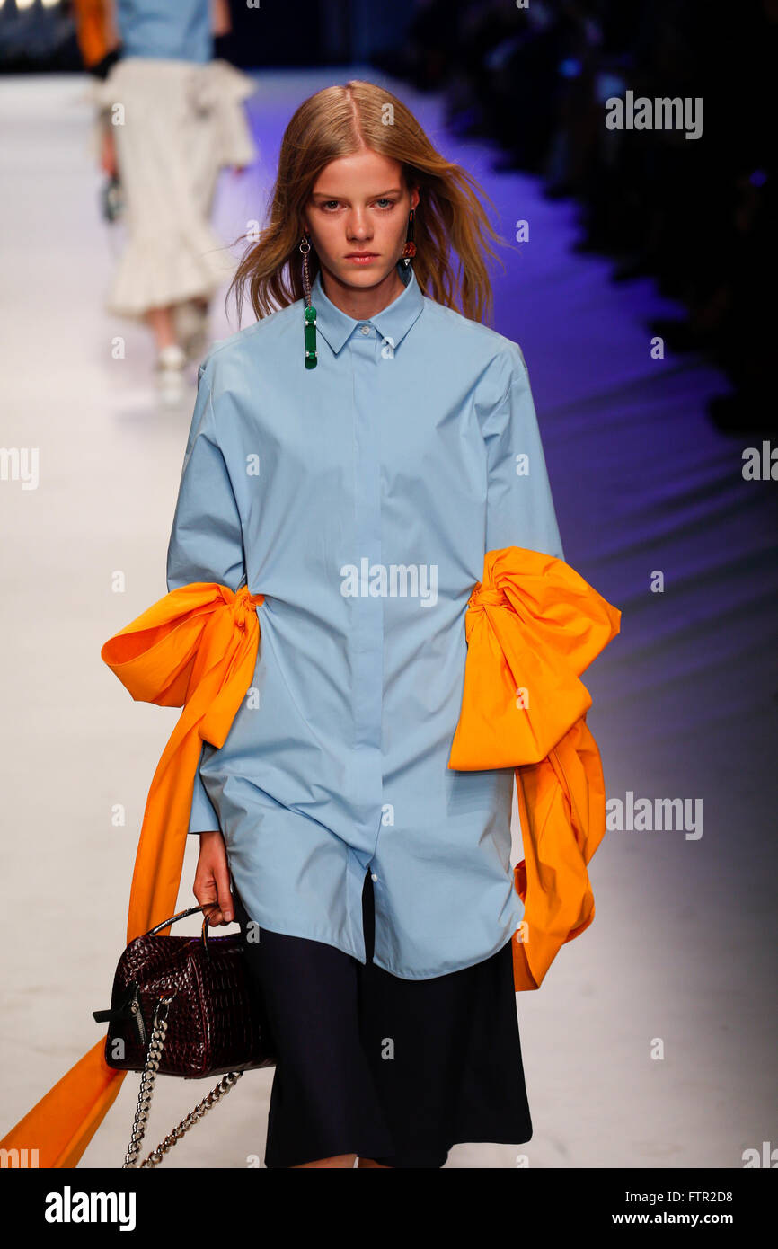 MILAN, ITALY - SEPTEMBER 27: A model walks the runway during the MSGM fashion show as part of Milan Fashion Week - Stock Image