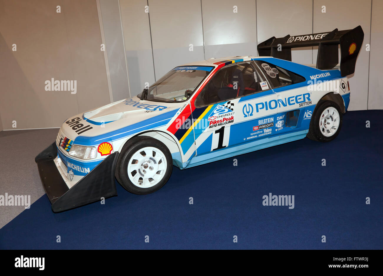 the peugeot 405 t16 which won pikes peak in 1988 driven by stock photo 101370518 alamy. Black Bedroom Furniture Sets. Home Design Ideas