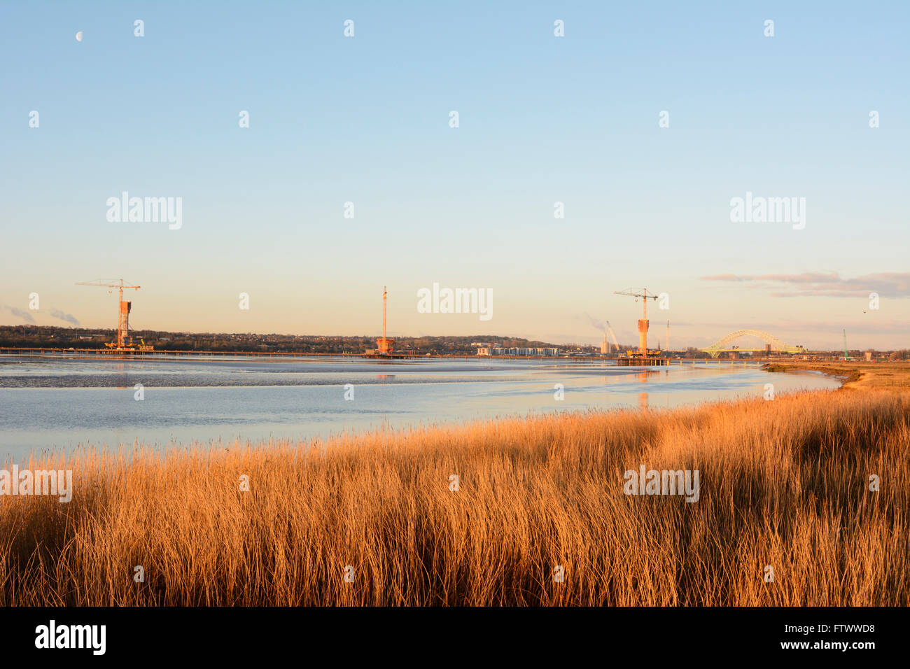 Mersey Gateway Project. Constructing a new bridge across the River Mersey upstream from the Silver Jubilee Runcorn - Stock Image