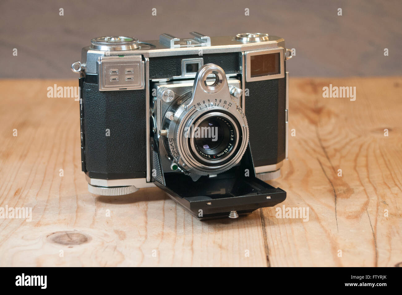 Zeiss Ikon Camera Stock Photos & Zeiss Ikon Camera Stock