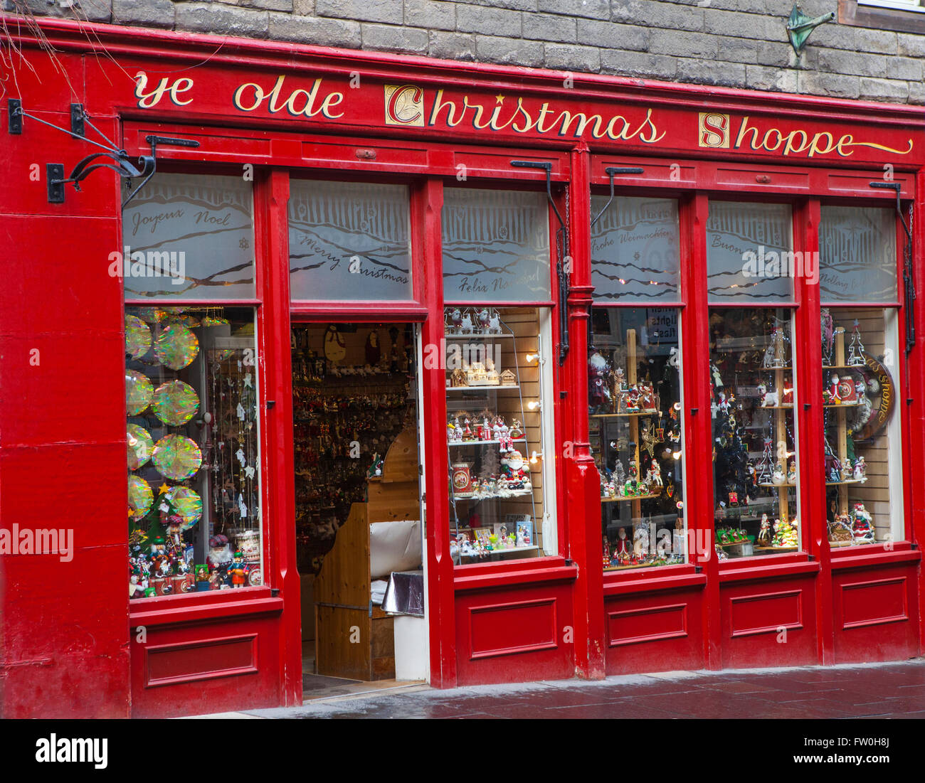 EDINBURGH, SCOTLAND - MARCH 12TH 2016: Ye Olde Christmas Shoppe situated on Canongate in Edinburgh, on 12th March Stock Photo