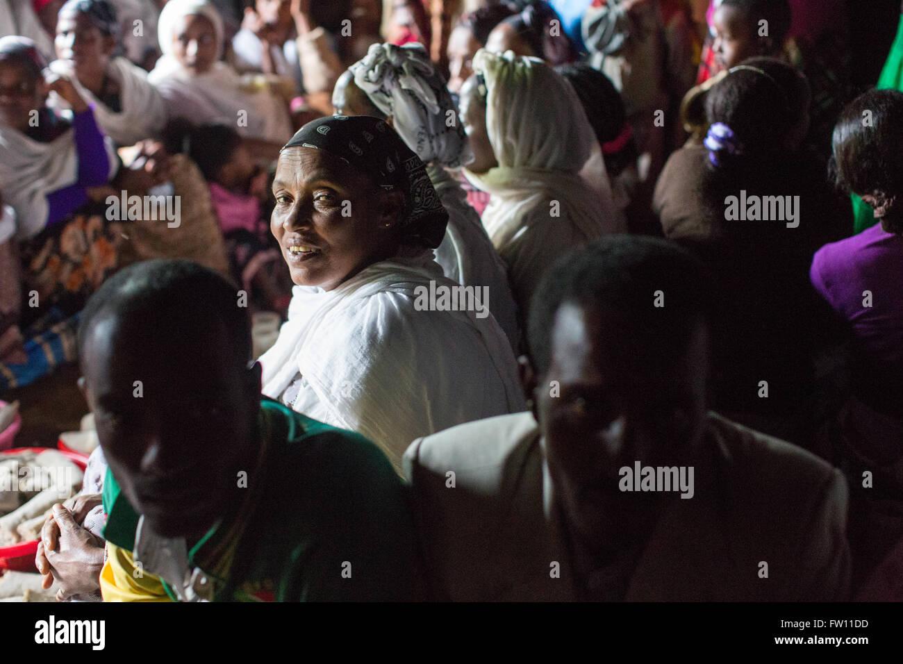 Gibi village, Gurage, Ethiopia, 6th October 2013 People gather for a wedding celebration as today is auspicious - Stock Image