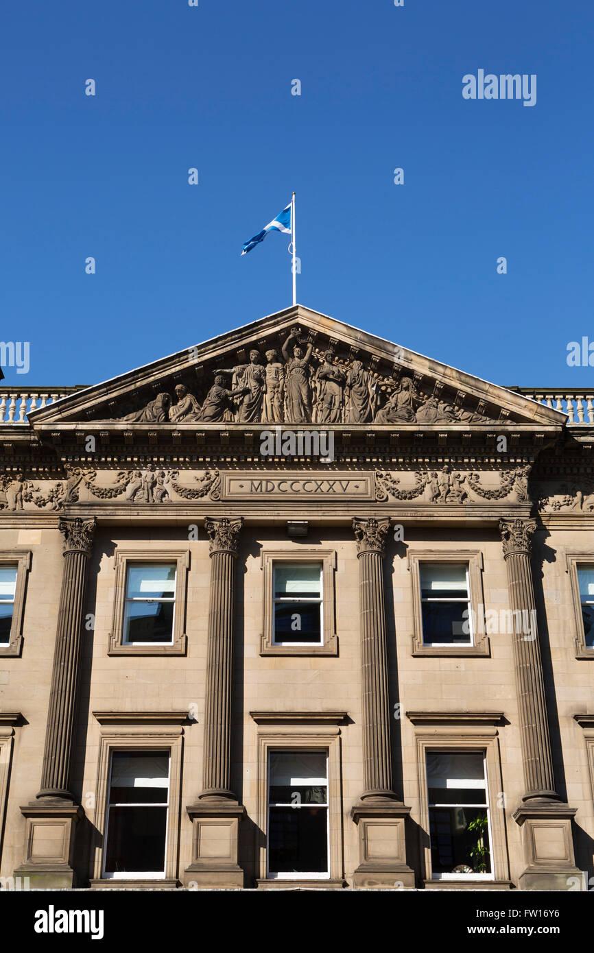 Standard Life Investments building on George Street in Edinburgh, Scotland. - Stock Image