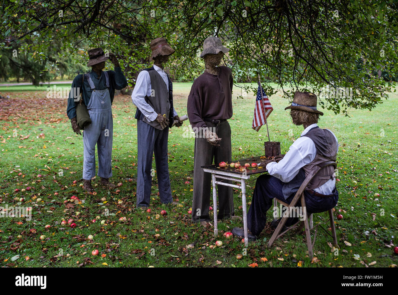 Straw-man reenactment of army recruitment efforts to enlist black men following Lincoln's Emancipation Proclamation. - Stock Image