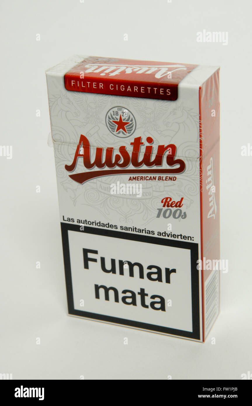 Austin Red 100 S Filter Cigarettes Packet Stock Photo Alamy