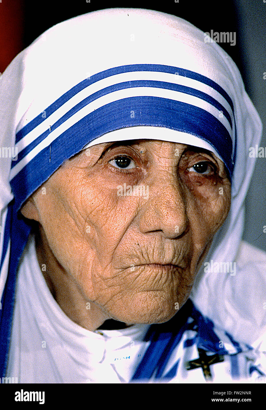 mother teresa 2 Mother teresa's sainthood is a fraud, just like she was there was a picture of her on the wall a portrait she looked like a saint the artist had painted a soft golden glow around her head.