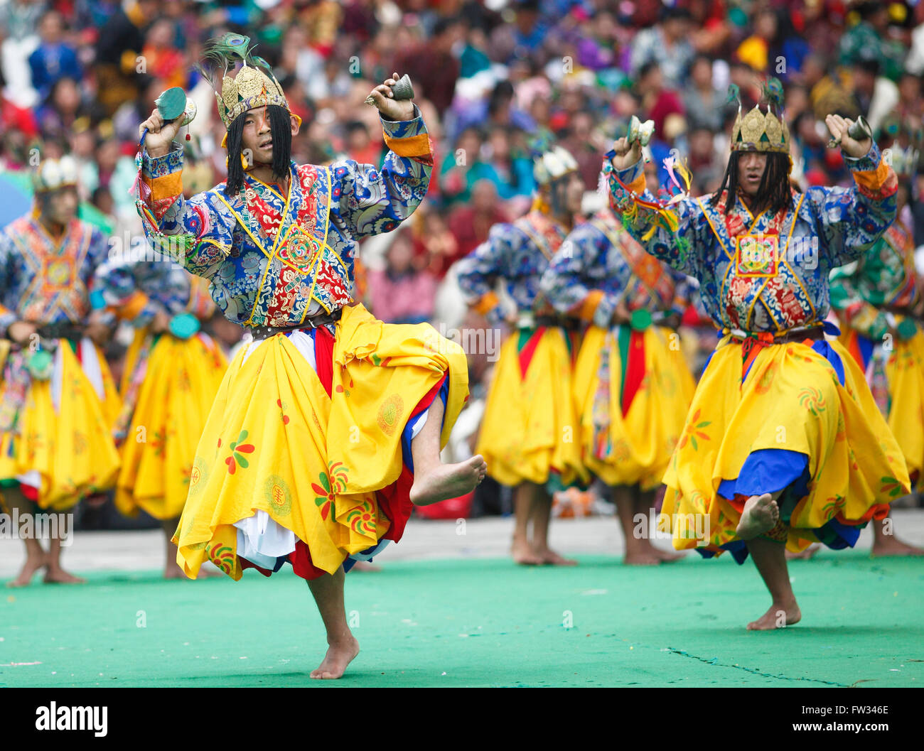 Dancers at the Tashichho Dzong monastery festival, Thimphu, Bhutan - Stock Image