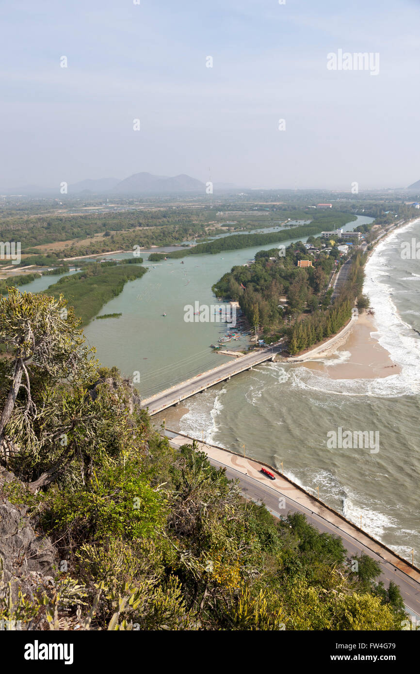 A view of the Prachuap Khiri Khan Northern surroundings (Thailand) from the vantage point of Wat Thammikaram. - Stock Image