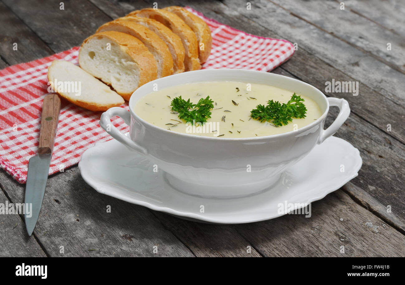 mashed potato dishes with bread slices - Stock Image