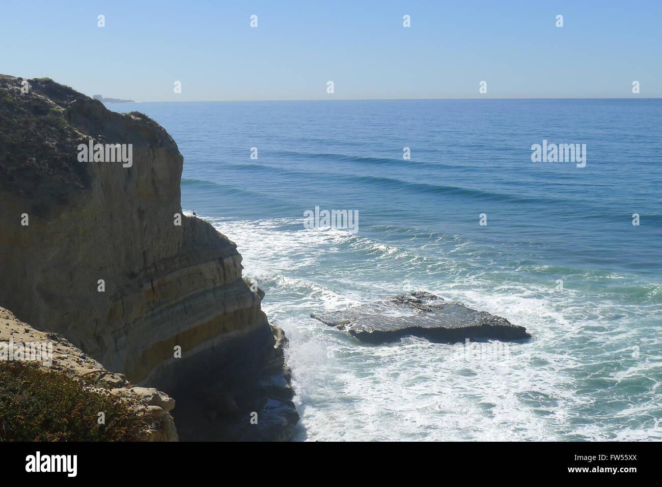 Flat Rock on Pacific Ocean San Diego - Stock Image