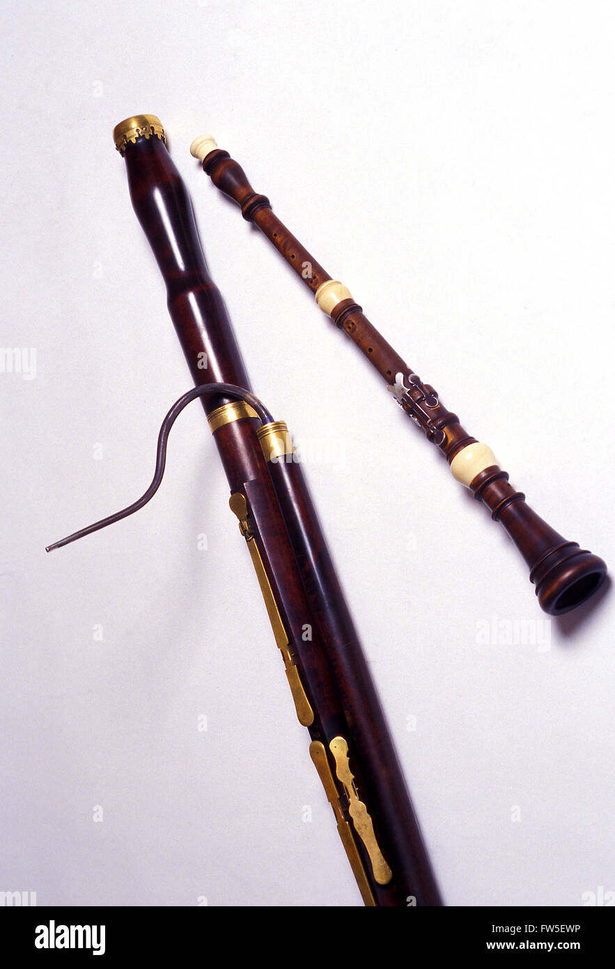 INST - WOODWIND - OBOE - BAROQUE with baroque Bassoon. #GM23 / 24 - Stock Image