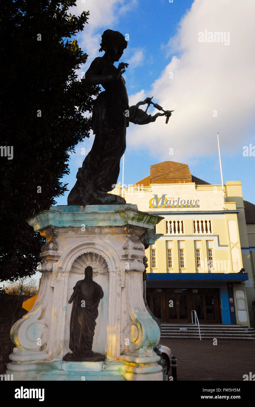 Canterbury, Kent, Marlowe Theatre, exterior, with statue to Christopher Marlowe, playwright, 1564-1593 born Canterbury, - Stock Image