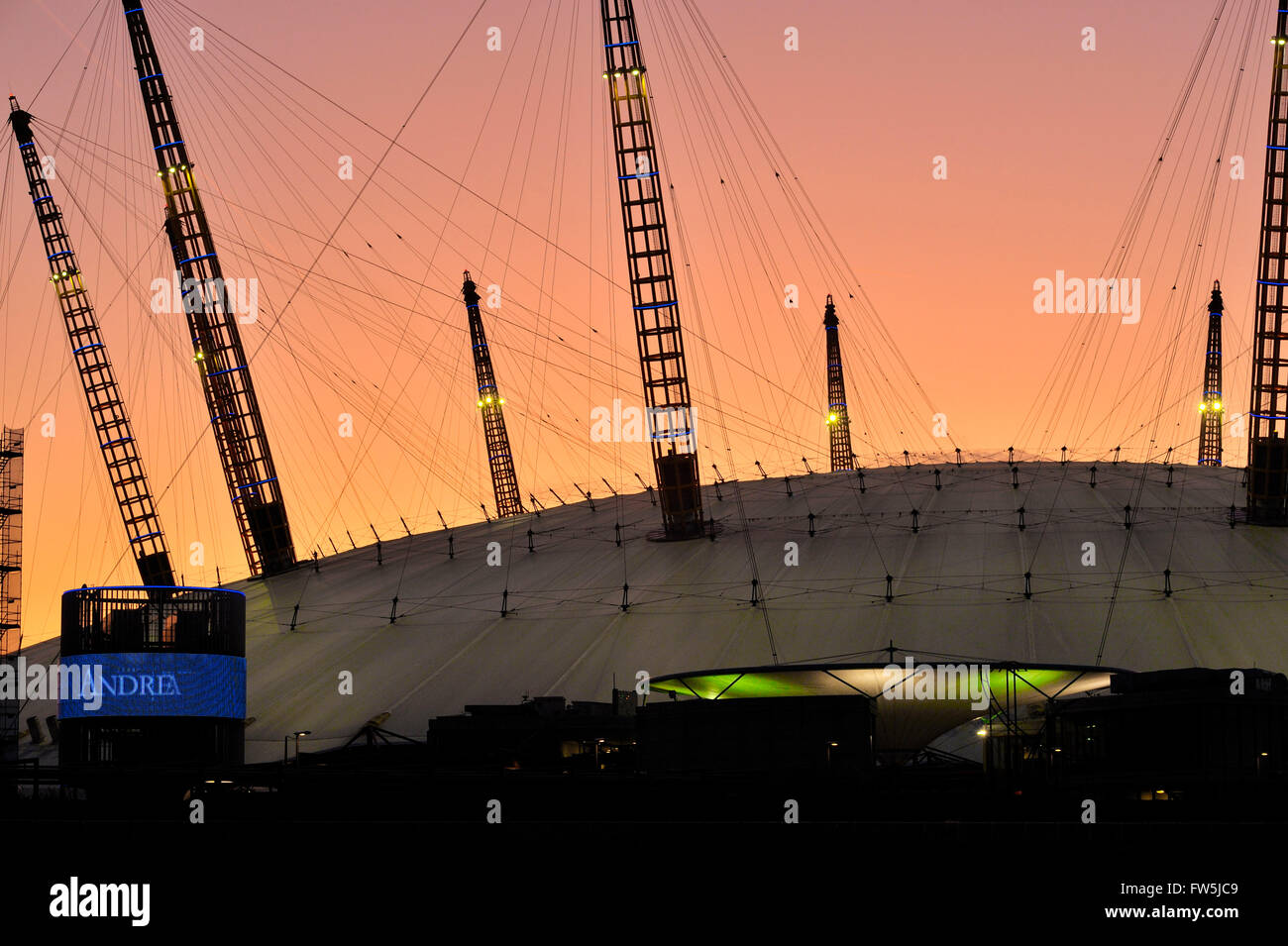 sunset view of the exterior constructional 'spires' of the O2 Arena, Millennium Dome (Millenium), North - Stock Image