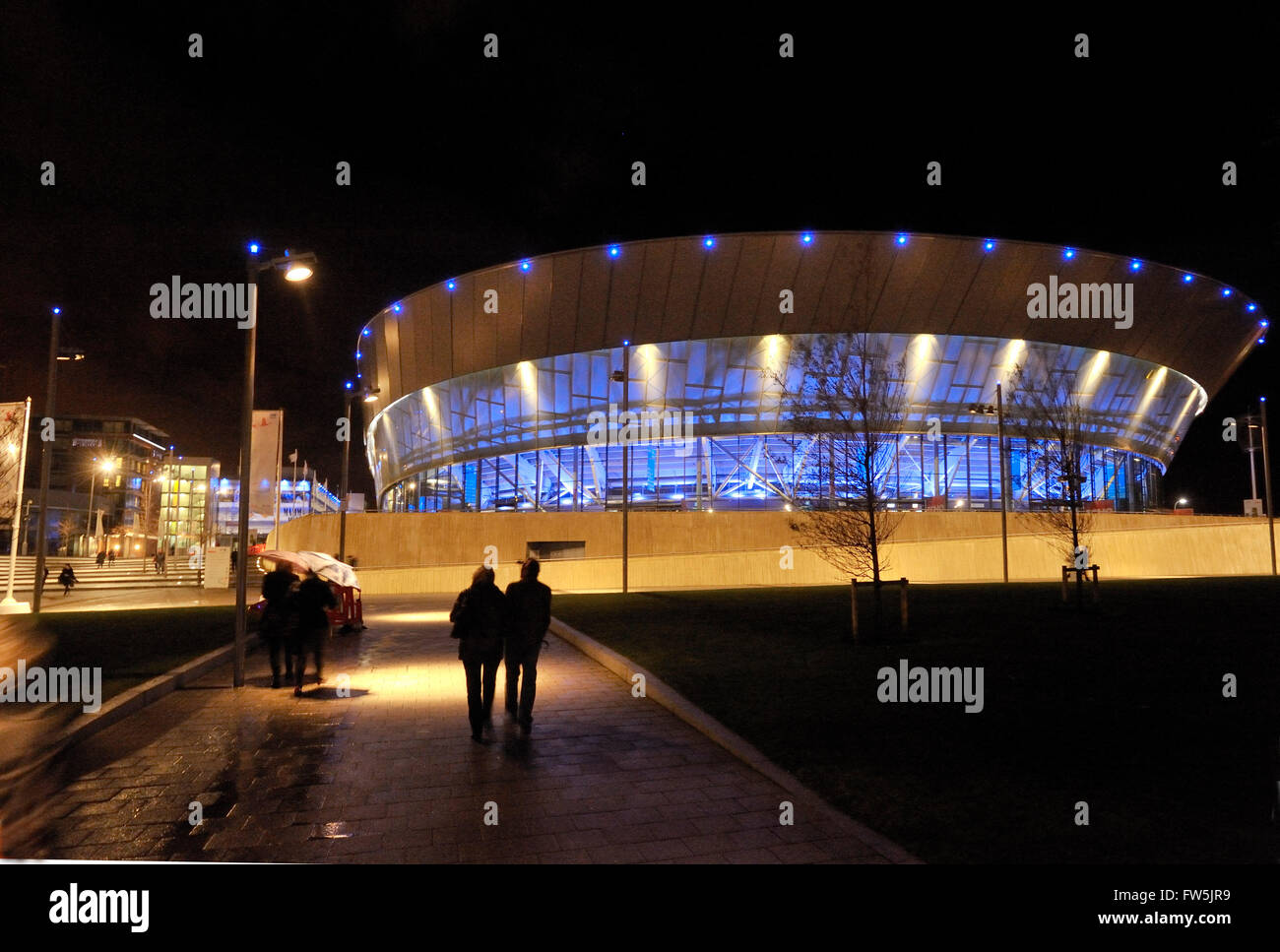 Liverpool Echo Arena, at night, part of ACC, Liverpool Area and Convention Centre, Albert Dock. Audience capacity - Stock Image