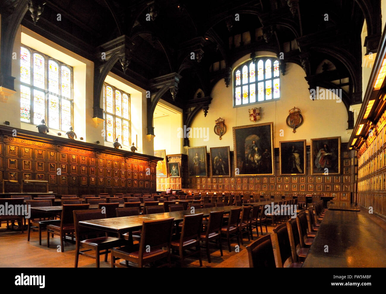 the Middle Temple Hall, built in 1570, London Inns of Court, with a High Table presented by Queen Elizabeth I, and - Stock Image