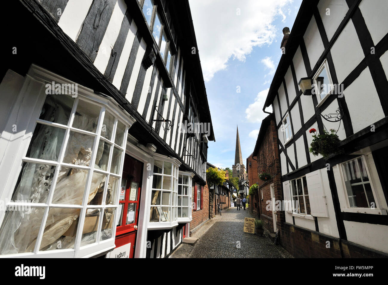 Church Lane, Ledbury, Herefordshire. One of England's text book market towns, full of prime examples of black - Stock Image