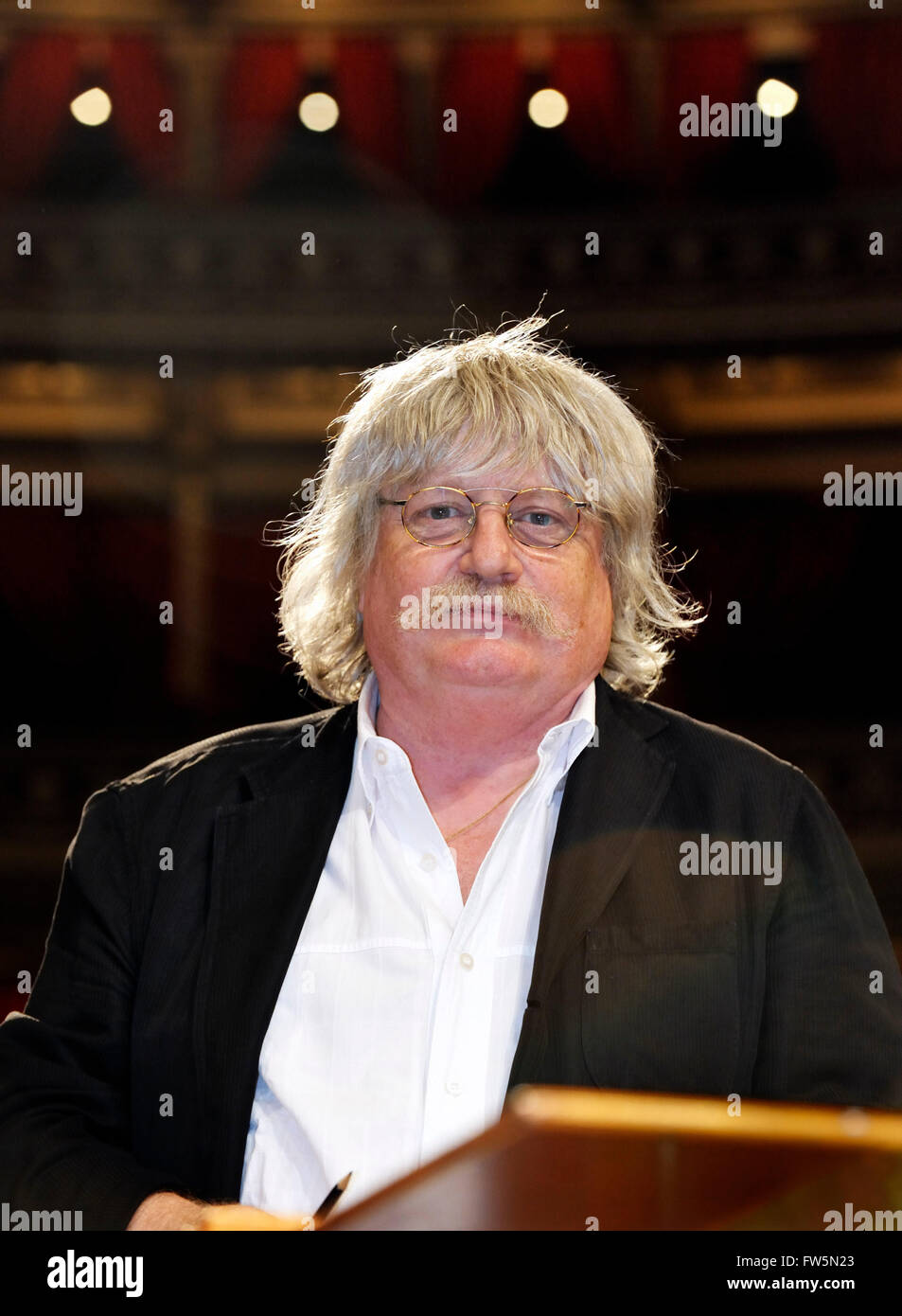 Welsh composer Karl Jenkins at the world premiere of his Gloria, Royal Albert Hall , London, 11 July 2010. The biggest - Stock Image