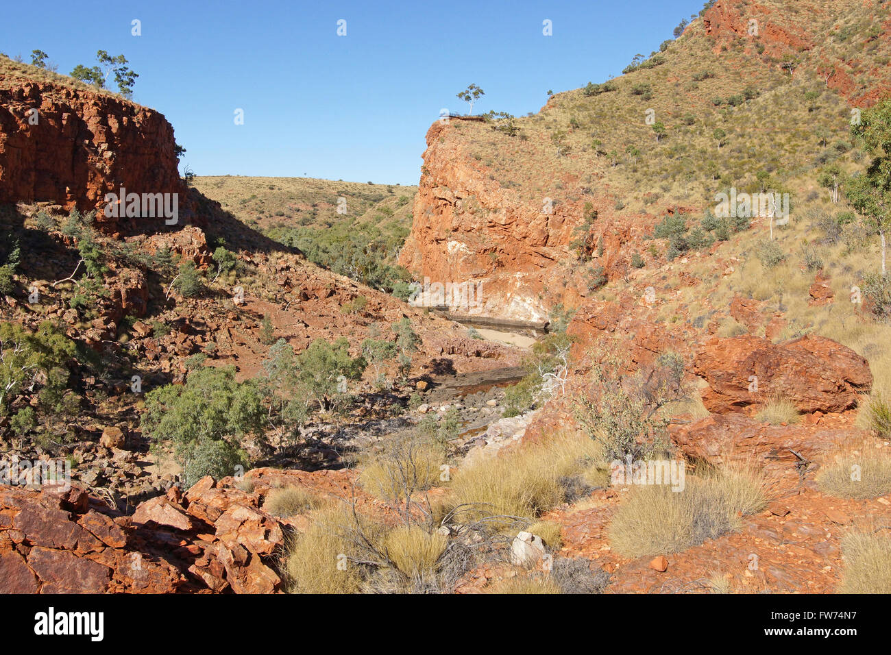 ALICE SPRINGS, AUSTRALIA - Mai 1, 2015: Ormiston Gorge, Landscape of West MacDonnell National Park on May 1, 2015 - Stock Image