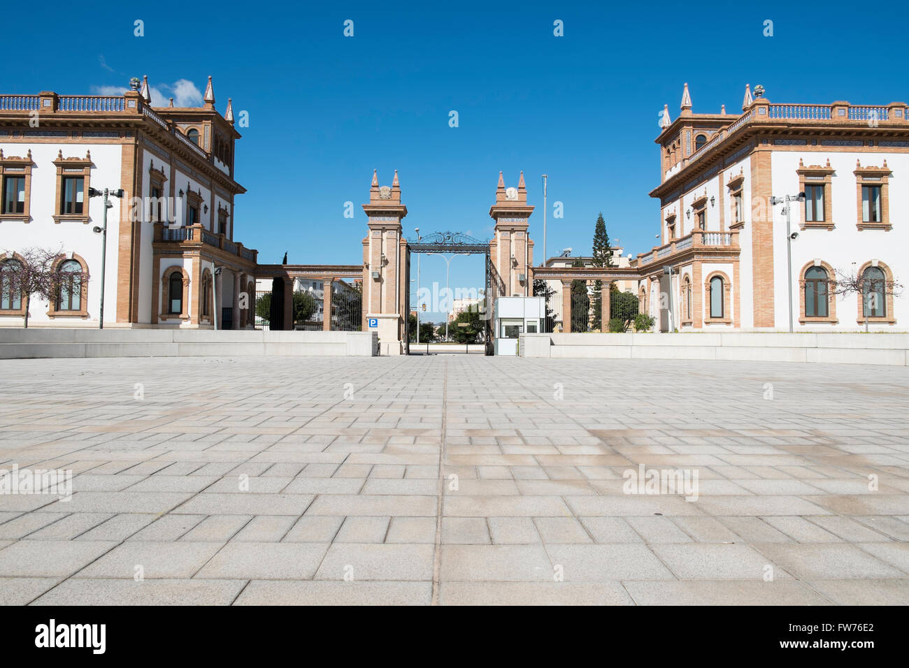 Old tobacco factory, built in the 1930´s. Now  used for the automobile museum and the Russian museum. Málaga - Stock Image