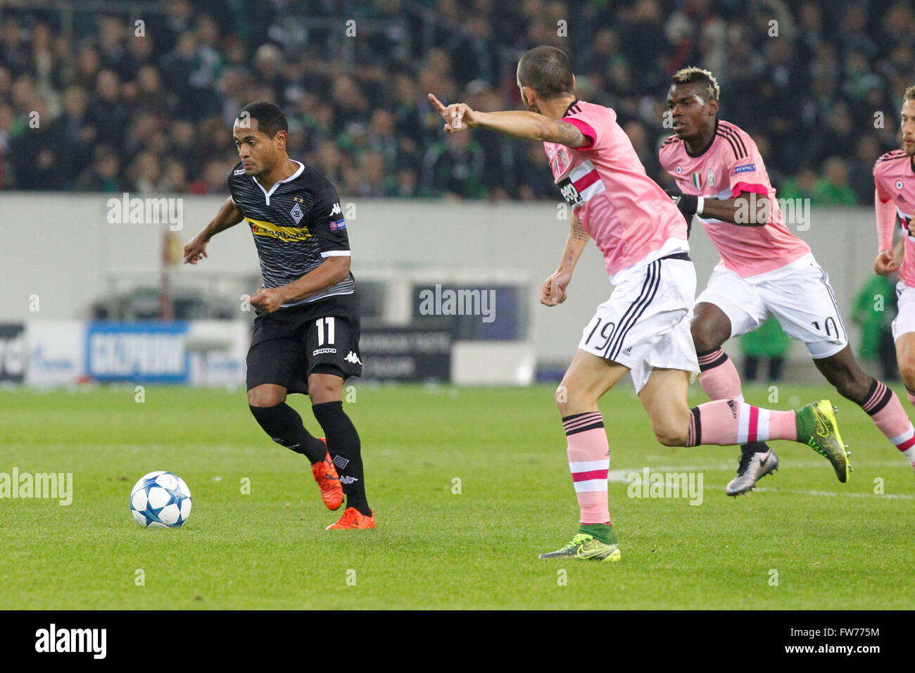Raffael  in action during the champion league match Monchengladbach - Juventus Monchengladbach, November 3, 2015 - Stock Image