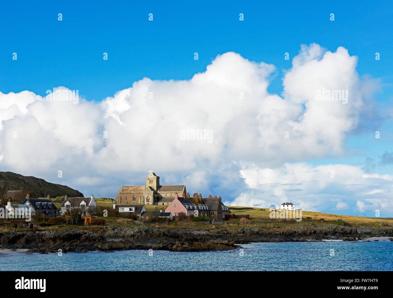 Iona Abbey, Isle of Iona, Inner Hebrides, Scotland UK - Stock Image