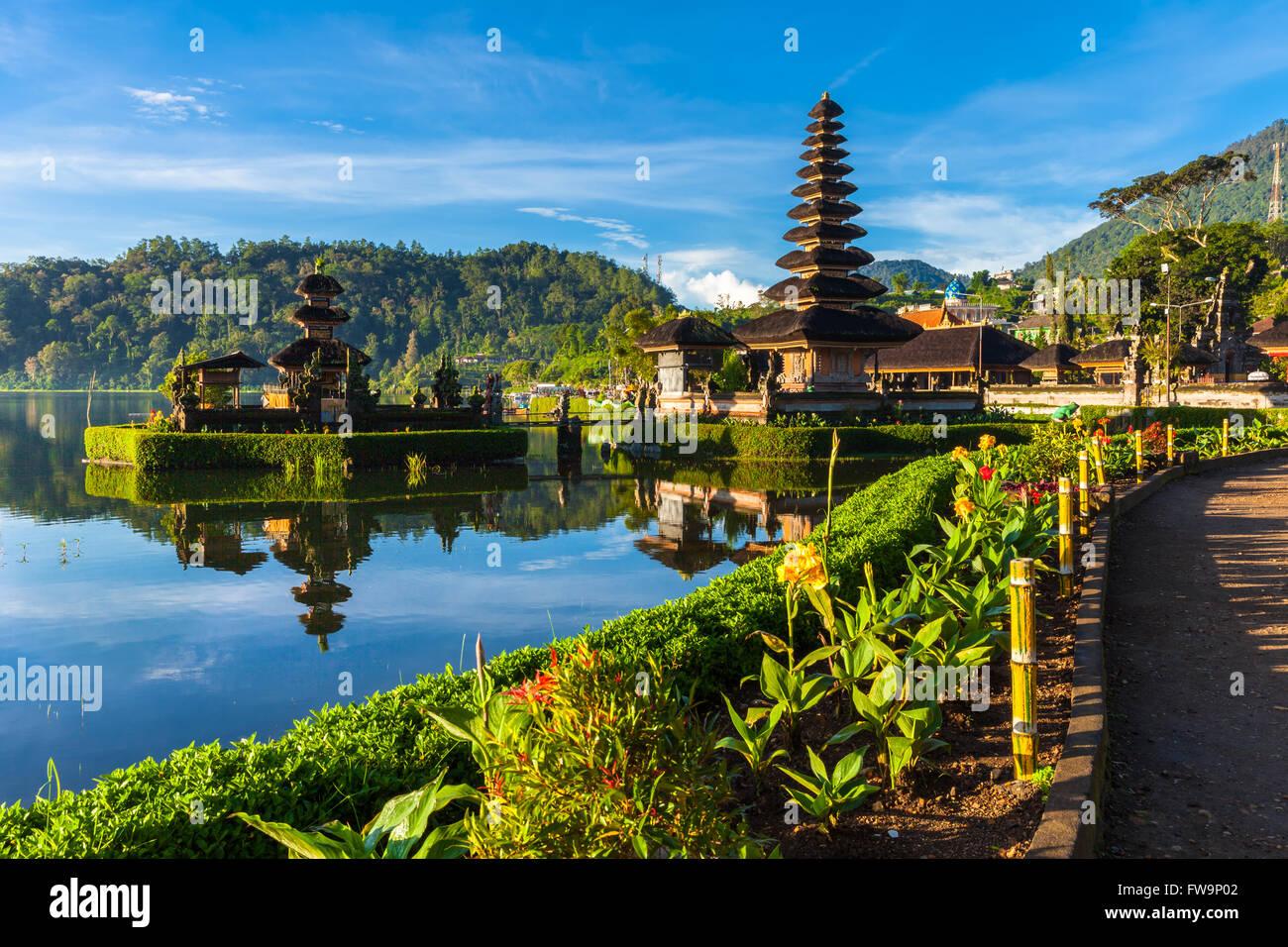 Pura Ulun Danu Bratan at sunrise, famous temple on the lake, Bedugul, Bali, Indonesia. - Stock Image